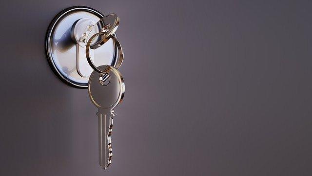 come aprire una porta bloccata